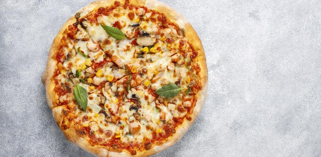 PIZZA CON MASA DE POLLO